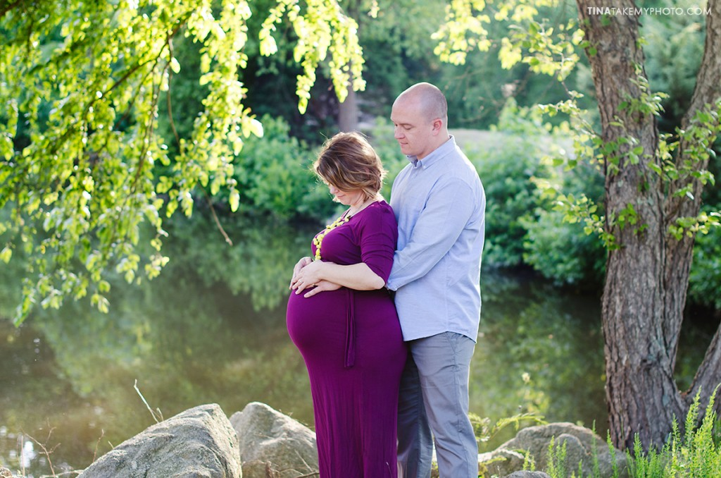 sunny-sweet-outdoor-country-maternity-photography-virginia (7)