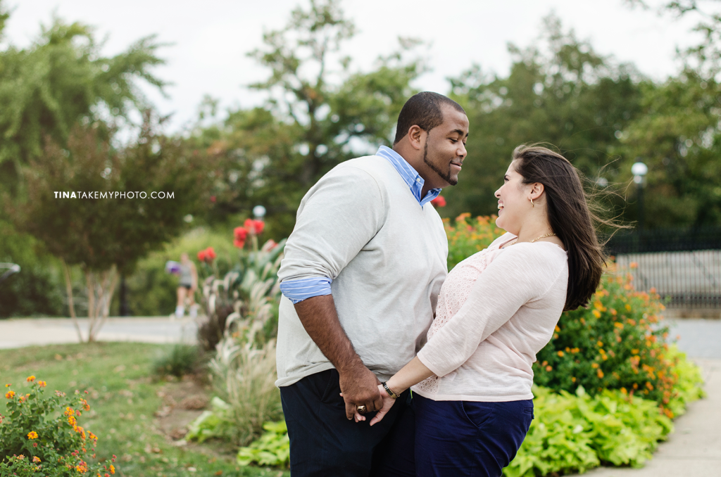 Libby-Hill-Park-Richmond-sunset-Engagement-Photographer (17)