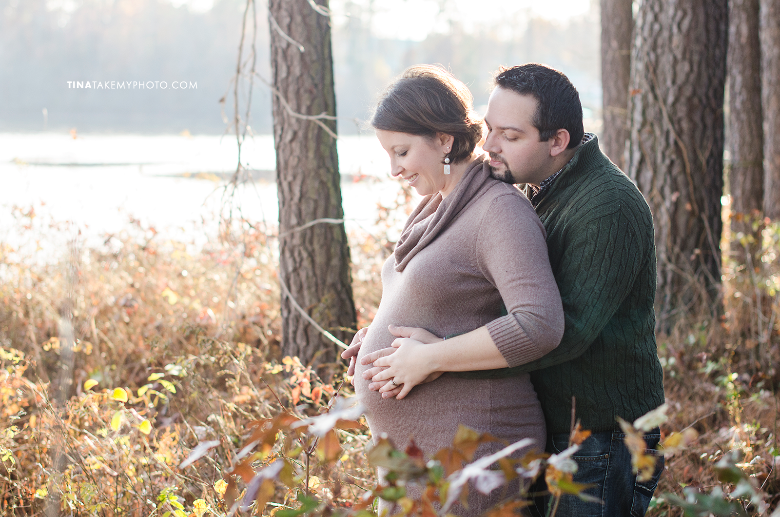 Richmond-Woodlake-Winter-Maternity-Baby-Bump-Photographer (6)