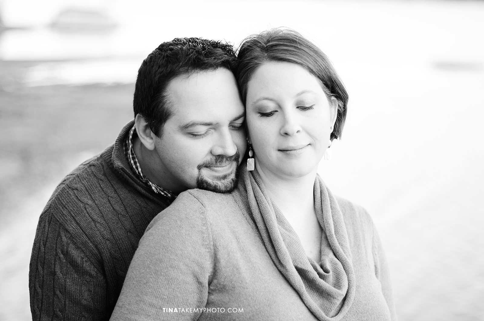 Richmond-Woodlake-Winter-Maternity-Photographer (18)