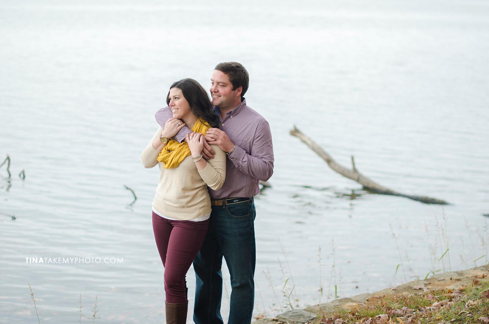 Midlothian-Swift-Creek-Woodlake-Engagement-Photographer-Fall-Woods (12)
