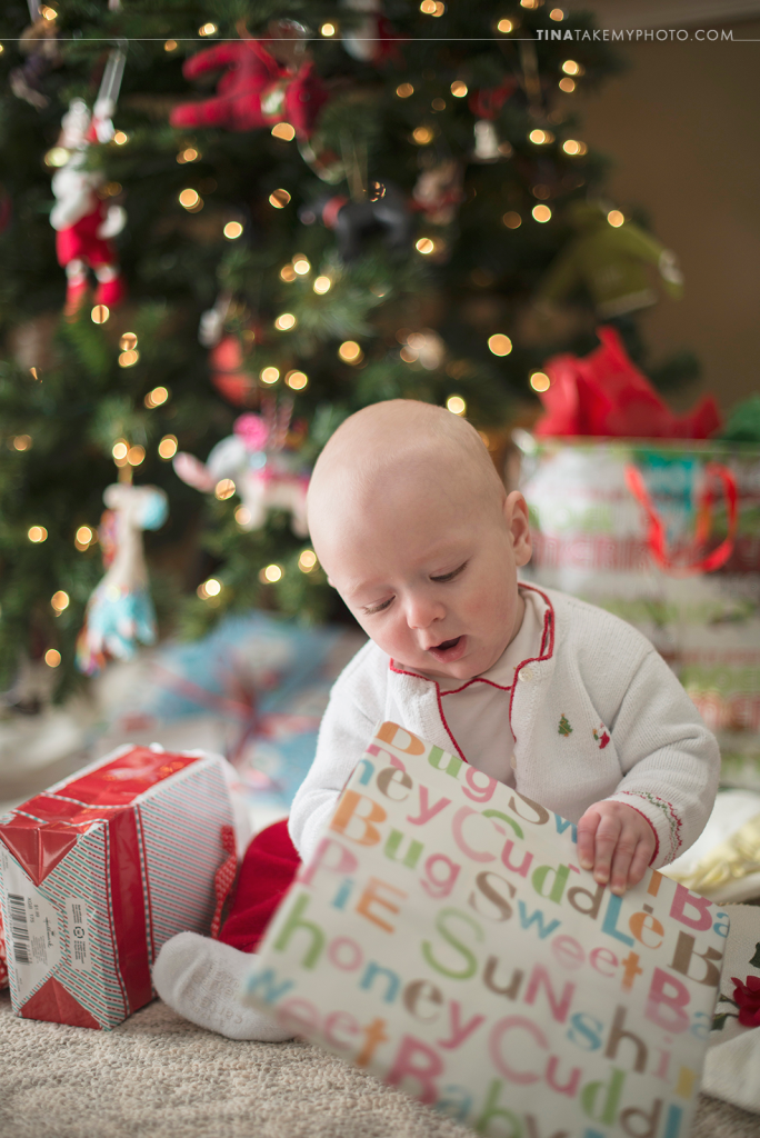 Midlothian-Richmond-VA-Family-Baby-First-Christmas-Tree-Presents-Bokeh-Holiday-Photo-Session-Photography (8)