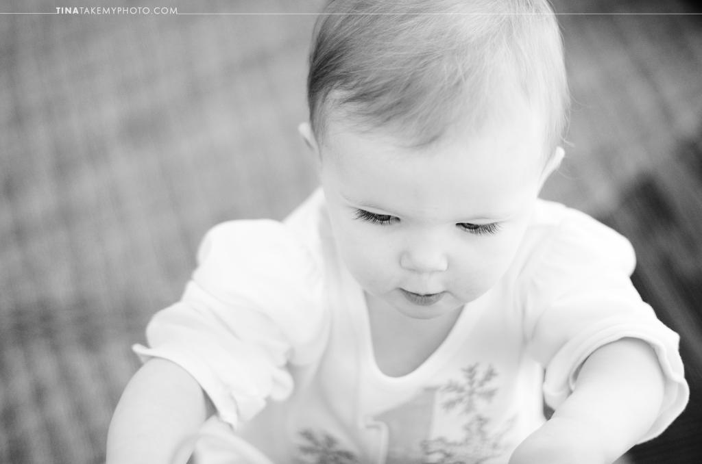 1-year-family-baby-photographer-library-books-chesterfield-virginia-rva-photographer-07