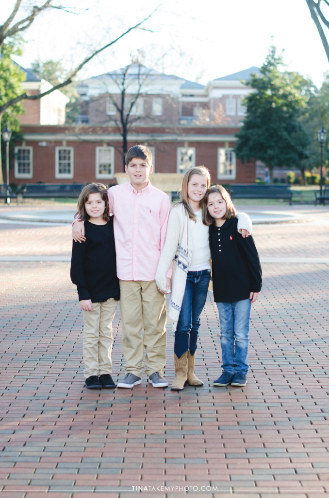 VA-virginia-family-photographer-kids-children-siblings-sunny-ashland-randolph-macon-01