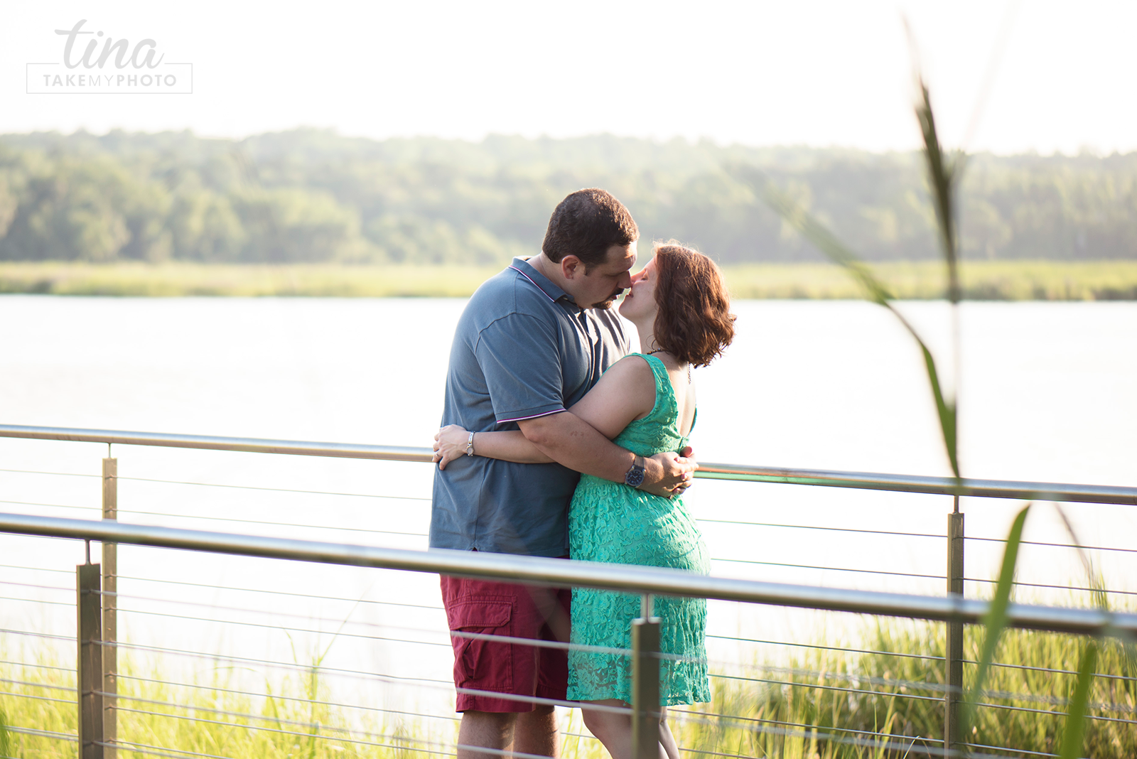 Maryland-Engagement-Wedding-Photographer-Sunny-Summer-Leonardtown-Photo-Session-Waterfront-16