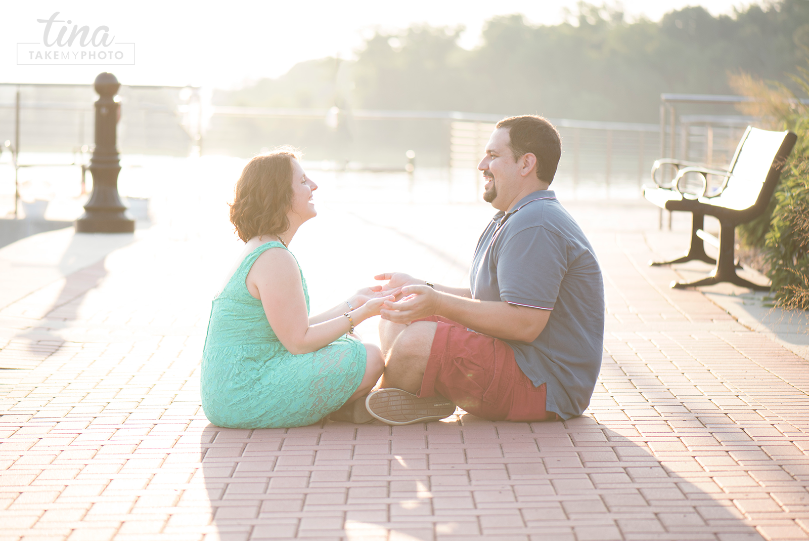 Maryland-Engagement-Wedding-Photographer-Sunny-Summer-Leonardtown-Photo-Session-Waterfront-17