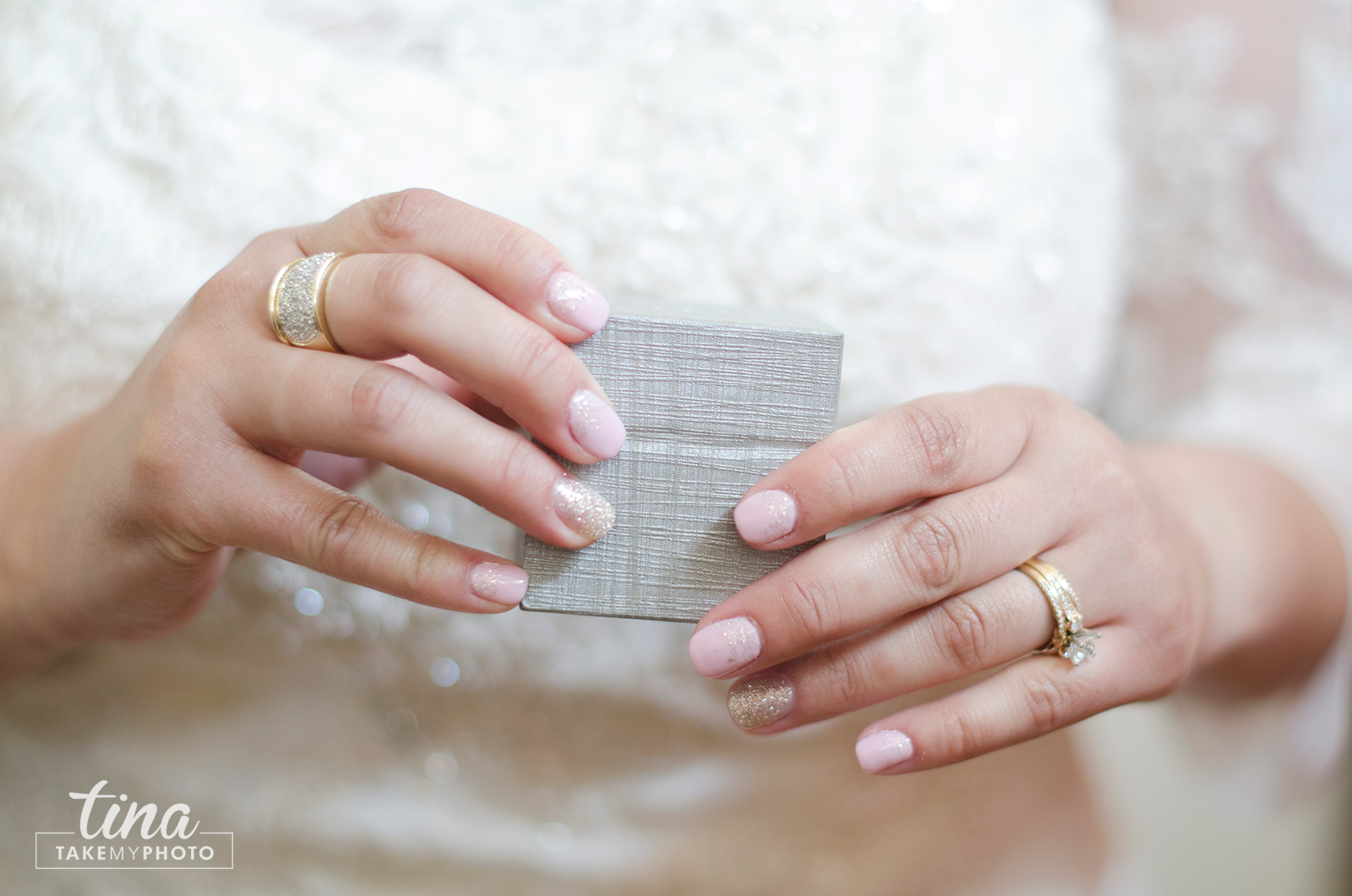 Wedding-day-gift-silver-box-manicure-bride-link-nails-wedding-photographer-brandermill-country-club-virginia