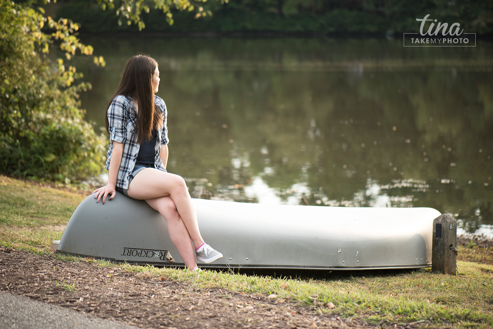 Sunny-Fun-High-School-Senior-Portrait-Pose-Brandermill-Virginia-Photographer-Woodlake-Canoe-2016-Seniors-RVA-13