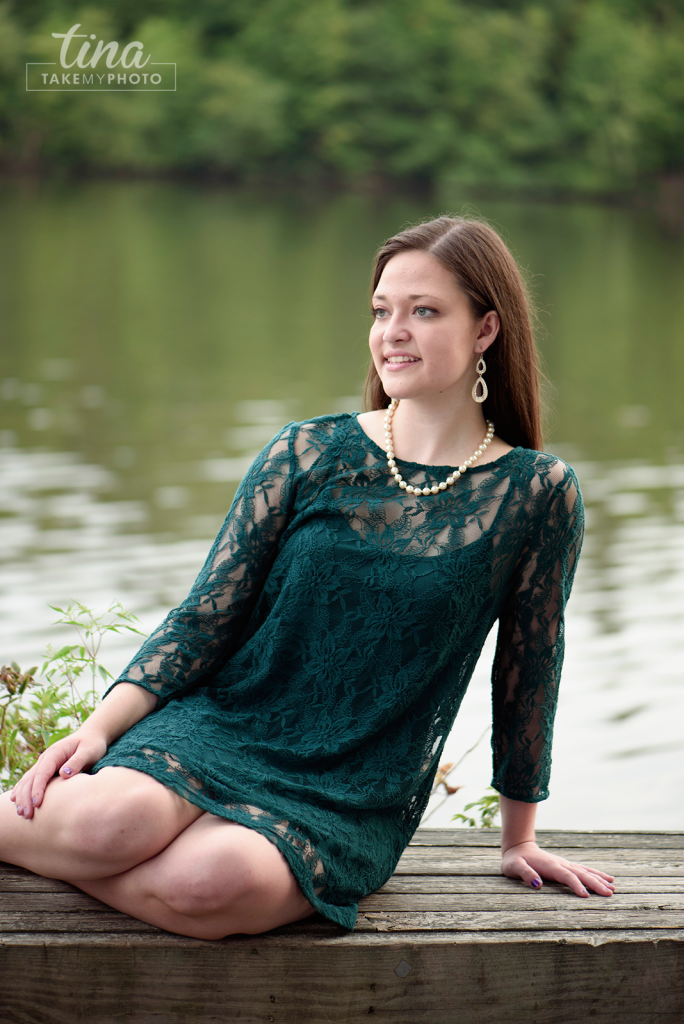 Sunny-Fun-High-School-Senior-Portrait-Pose-Brandermill-Virginia-Photographer-Woodlake-Lace-Dress-2016-Seniors-RVA-11
