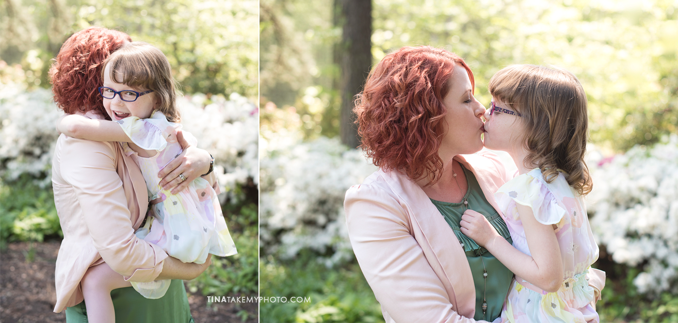 mothers-day-mom-and-me-family-session-mini-richmond-vriginia-james-river-winery-event-charity-tina-take-my-photo-portrait-maymont-rva-photographer-sharons-hands-07