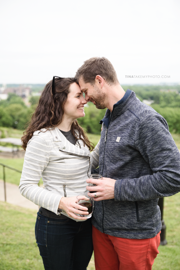libby-hill-park-richmond-rva-engagement-anniversary-photographer-picnic-wine-dinner-cute-idea-TRT_0395