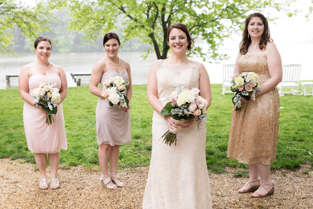ridge-maryland-md-rainy-spring-blush-grey-pinks-wedding-photographer-winery-slack-woodlawn-lake-outdoor-spring-romantic-bridal-party-bridesmaids-spring-bouquets-trt_0935
